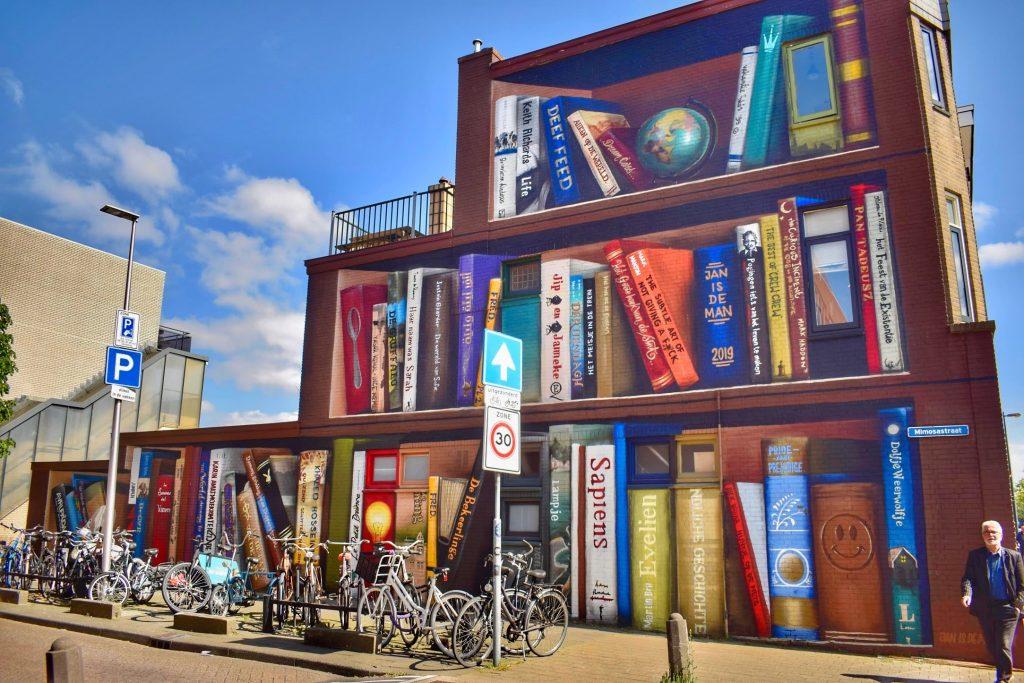 Street art - Boekenkast van Zuilen