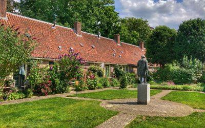 Wandeling langs de verborgen hofjes van Utrecht