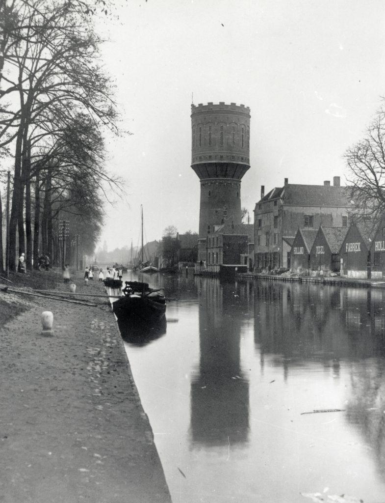 De watertoren in Rotsoord tussen 1910 en 1920