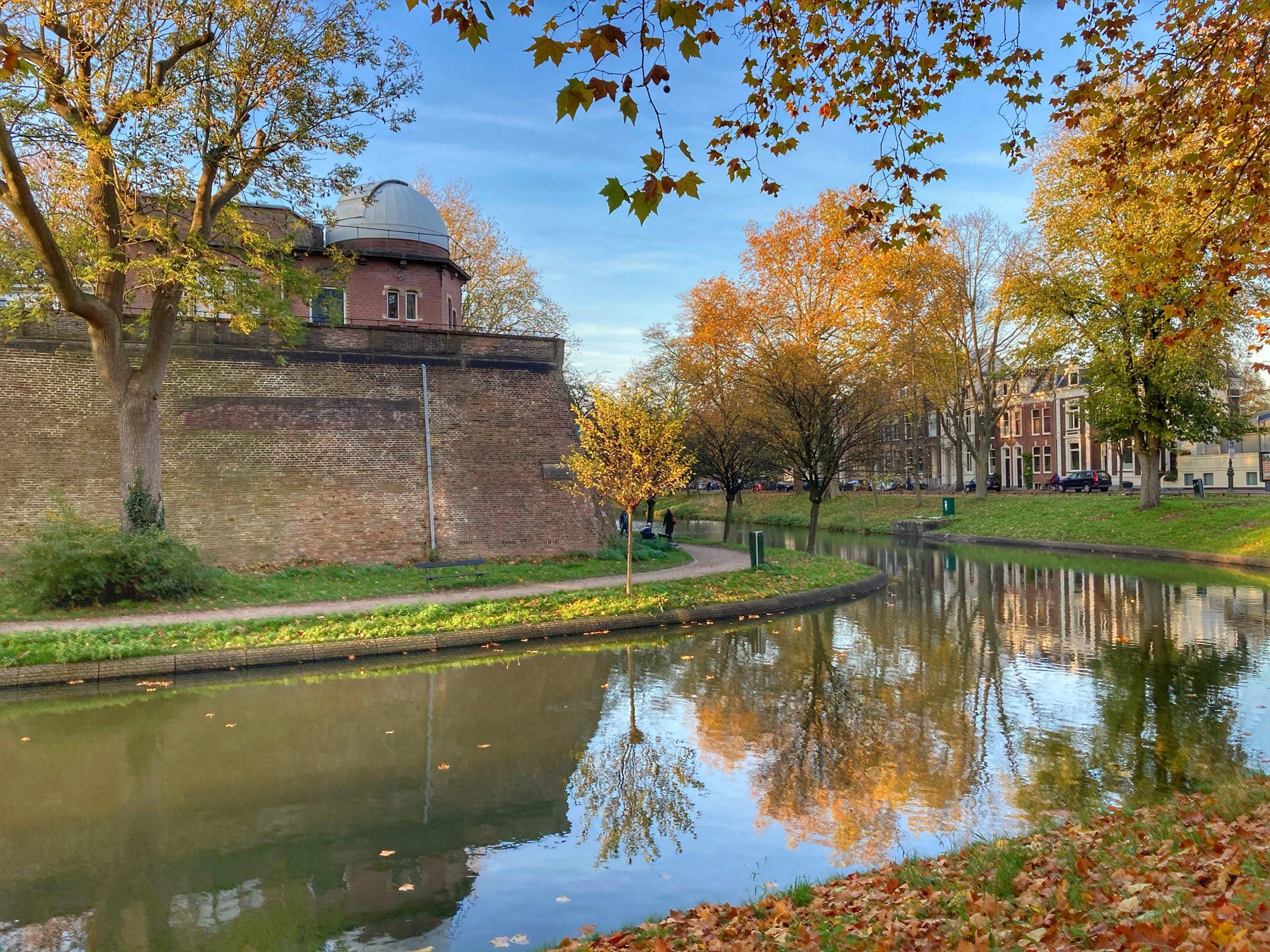 Wandeling langs de Singel van Utrecht: Sonneborgh Museum en Sterrenwacht